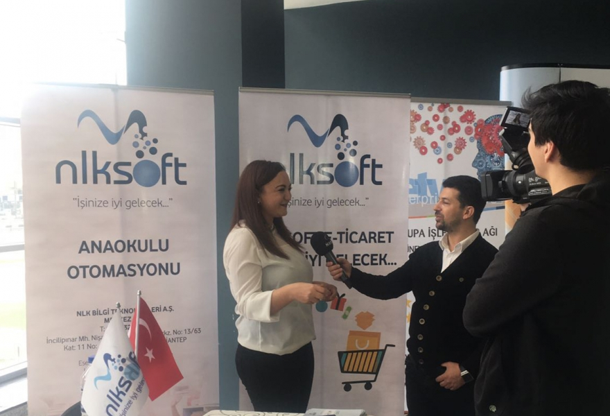 Womens hand touched informatics - İhlas news agency