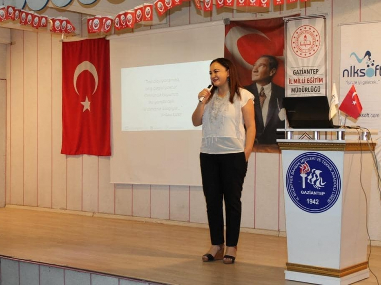 We told our entrepreneurship story and digitalization to our female students.